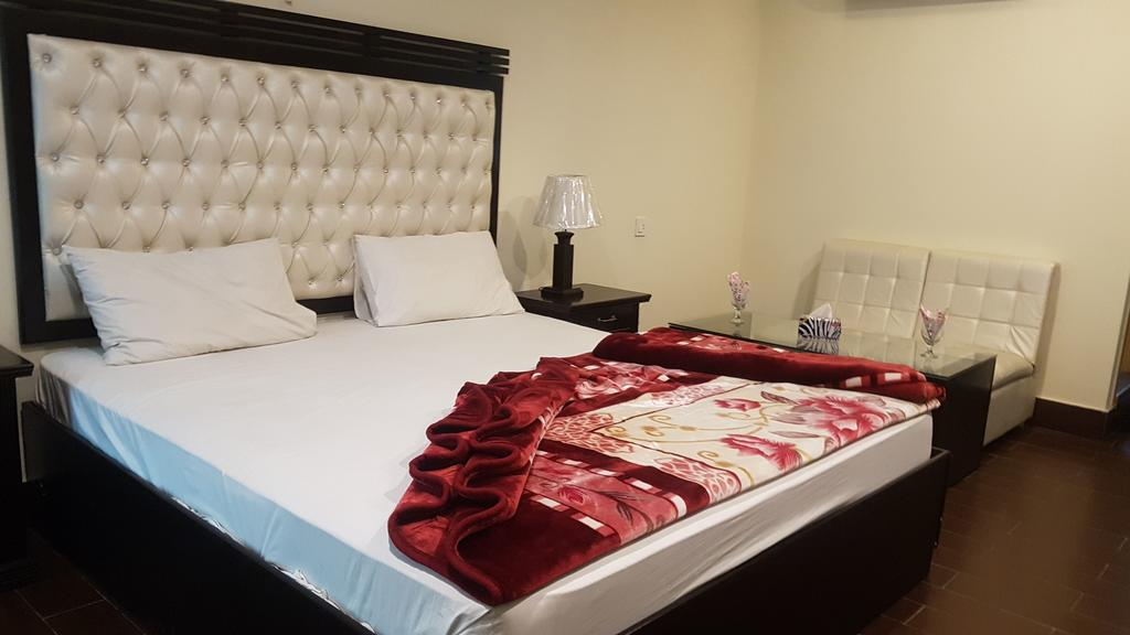 Hotel Civic