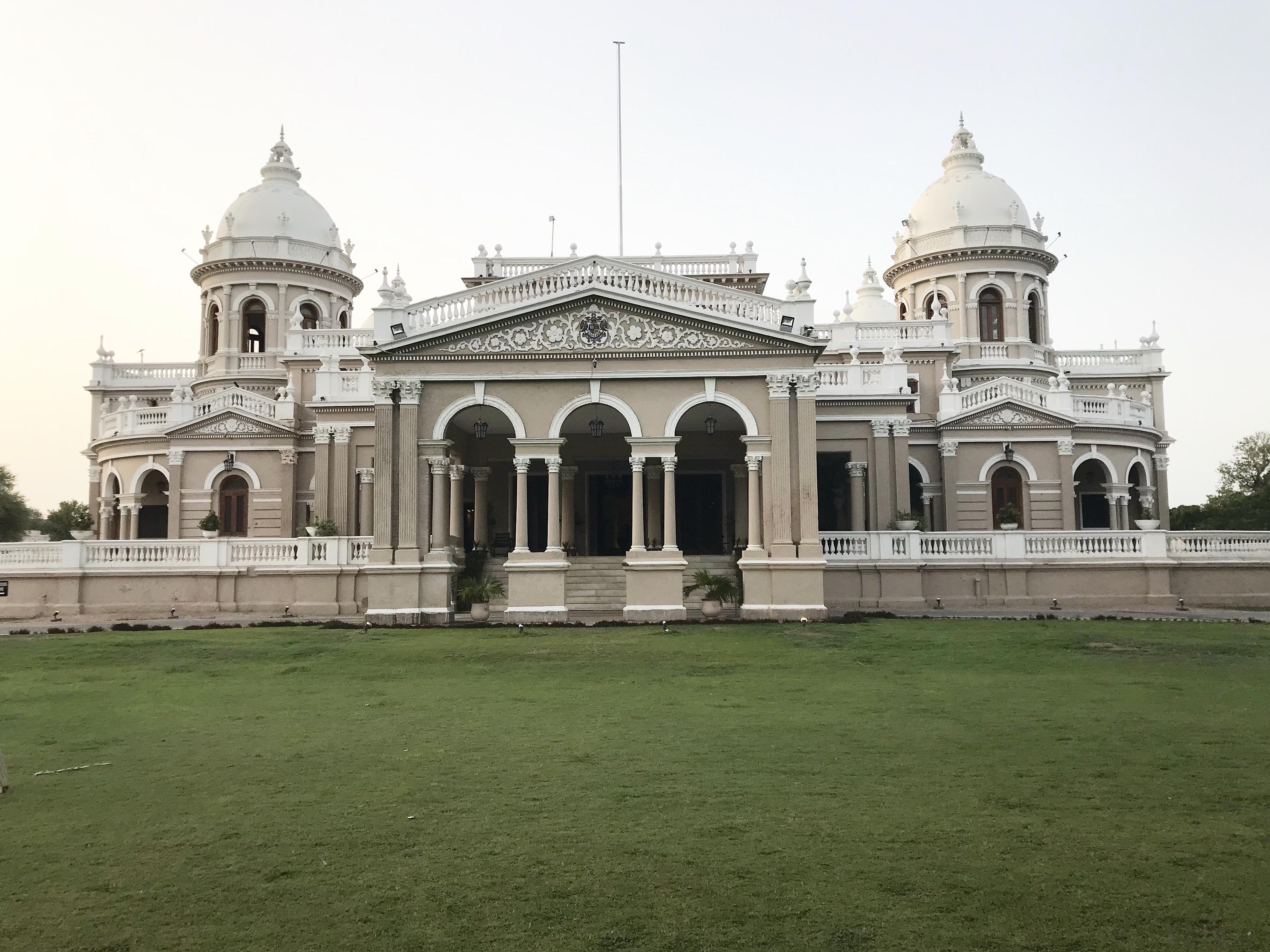 Gulzar Mahal